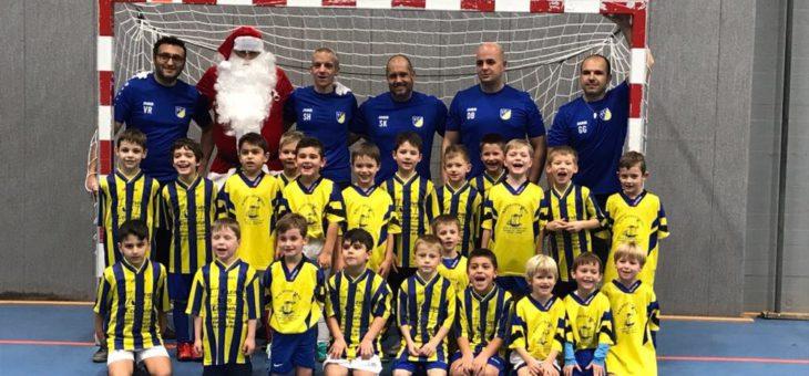 Kann der Nikolaus eigentlich Fußball spielen?