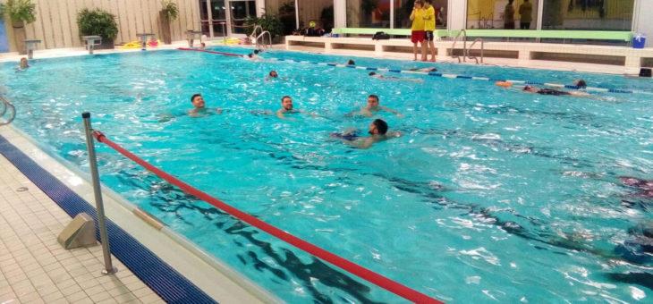 Training im Ehningen Hallenbad